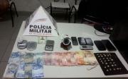 Den�ncia feita no 181 resulta em traficante preso com 30 pedras de crack, al�m de maconha e dinheiro do crime