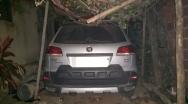 PM recupera carro roubado e mulher é presa por receptação no Bairro Vista Alegre