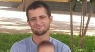 Motociclista morre ao desviar de carro e bater em poste no bairro JK