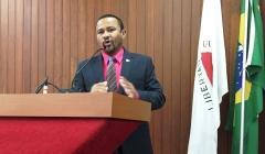 Polêmica: Vereador pede aumento de 26% para servidores públicos municipais