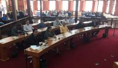 """Câmara realiza """"mais uma"""" Audiência Pública sobre a falta de água em Paracatu"""
