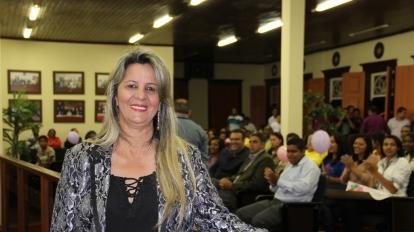 Mission�ria Marli Ribeiro recebe homenagem na C�mara no dia do seu anivers�rio