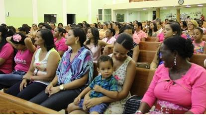 Culto Rosa 2014 na Catedral da B�n��o: mulher consciente na luta contra o c�ncer de mama