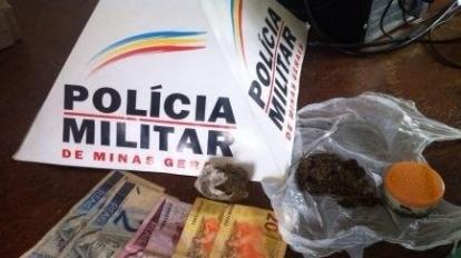 A comunidade participa e ajuda a Pol�cia Militar a efetuar pris�o de traficantes