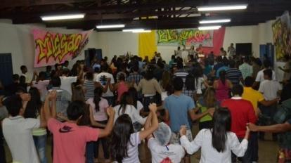 H� quase um m�s do carnaval, os retiros j� movimentam centenas de jovens em Paracatu