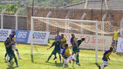 Paracatu vence o Gama pela segunda rodada do Candang�o