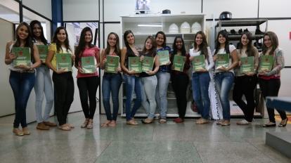 Em Paracatu, quase 200 jovens est�o se preparando, com bolsa integral para os principais vestibulares do Brasil!
