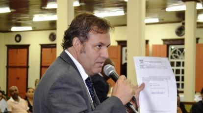 """Vereador Ragos Oliveira afirma que vai """"pendurar as chuteiras"""""""