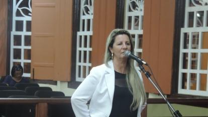 Vereadora quer mais uma unidade do CRAS em Paracatu e a cria��o de Delegacia de prote��o � fam�lia