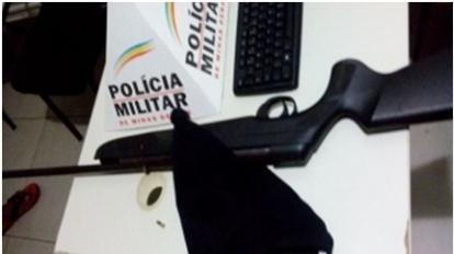 Pol�cia Rodovi�ria Estadual apreende arma de fogo com suspeitos que andavam a p� pela rodovia MG 188