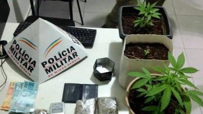 PM encontra tabletes e p�s de maconha em resid�ncia na madrugada de hoje. Suspeito foi preso