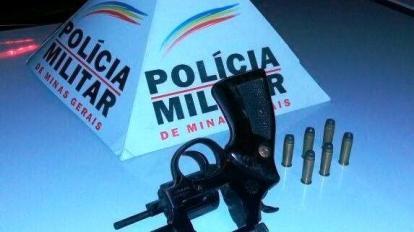 Pol�cia Militar retira mais uma arma de fogo de circula��o na noite de ontem