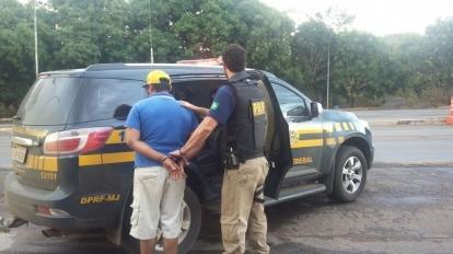 PRF prende em Paracatu suspeito de assalto a banco no Distrito Federal