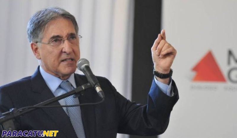 Assembleia de MG autoriza processo de impeachment contra Pimentel (PT)