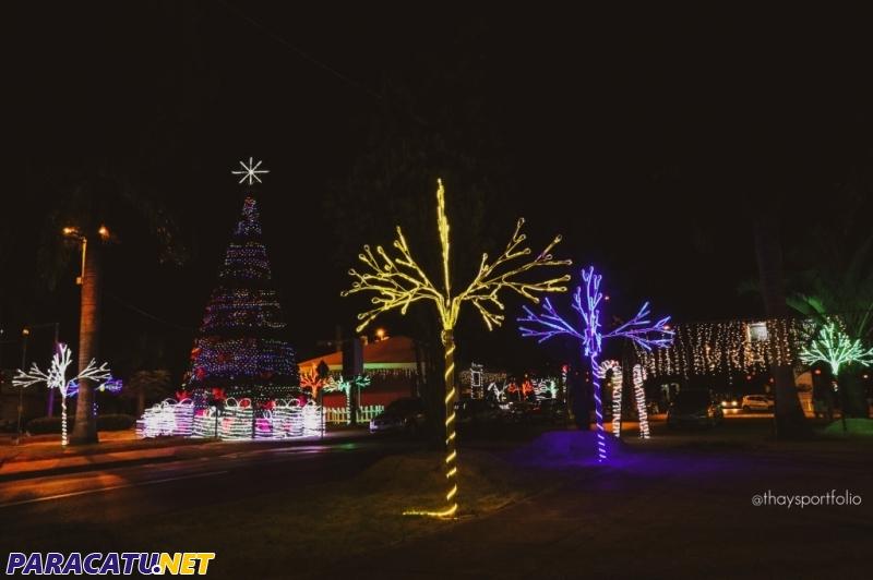 Decoração de Natal da Av. Olegário Maciel (Foto: Thays Santos/ Instagram: @thaysportfolio)