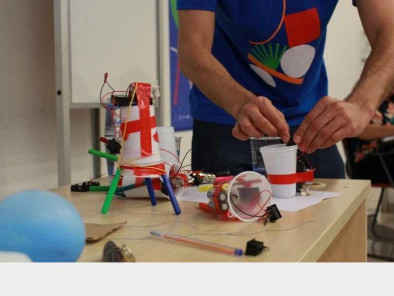 Educadores de Paracatu recebem capacitação do programa 'Tinkering' - Notícias - paracatu.net